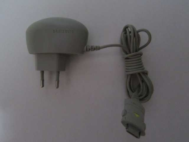 Продам Зарядные устройства LG SAMSUNG, Еricsson