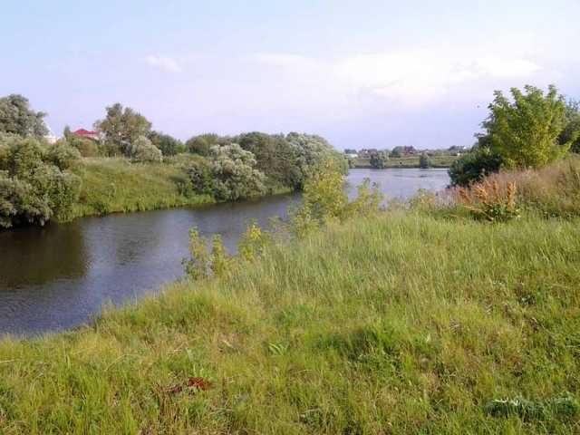 Продам: Участок на реке 33 сотки в 19 км от МКАД