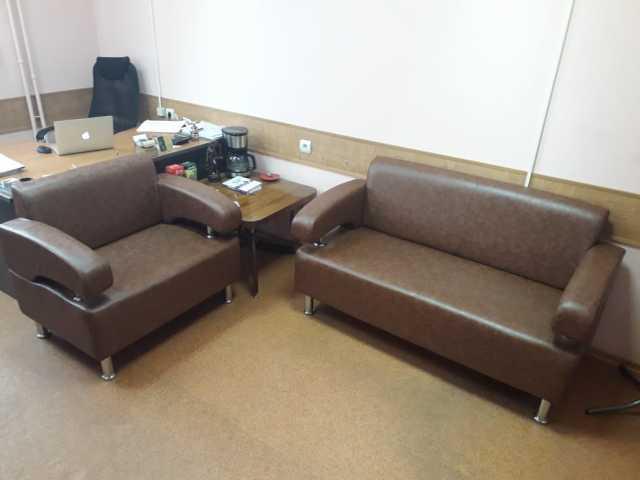Продам Офисный диван и кресло