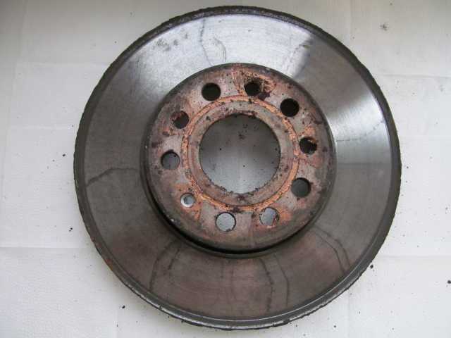 Продам: Передние тормозные диски GOLF V - 2 шт