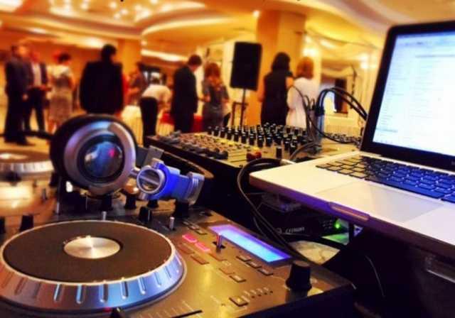 Предложение: Прокат музыкального и светового оборудов