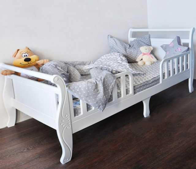 Продам Кровать подростковая Нева Белая