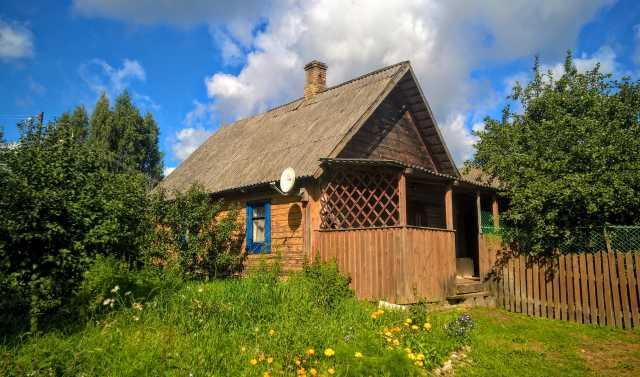 Продам: Дом с хоз-вом на хуторе под Печорами