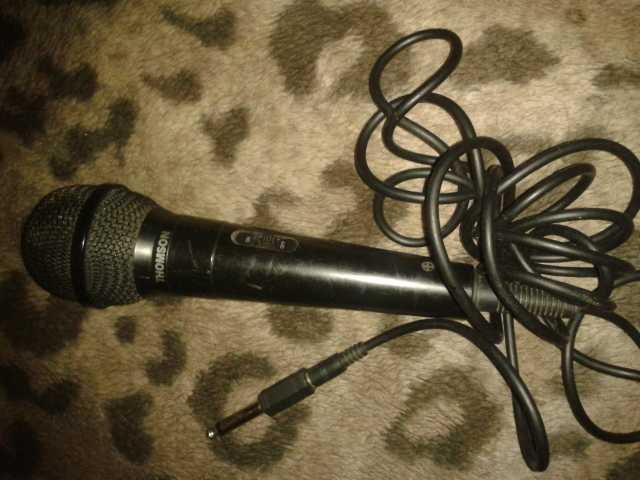 Продам: Микрофон THOMSON
