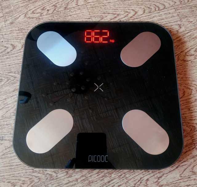 Продам Умные весы Picooc Mini (чёрные)