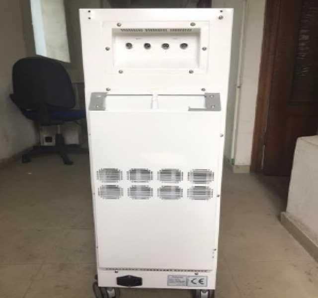 Продам: Аппарат для вакуумно-роликового массажа