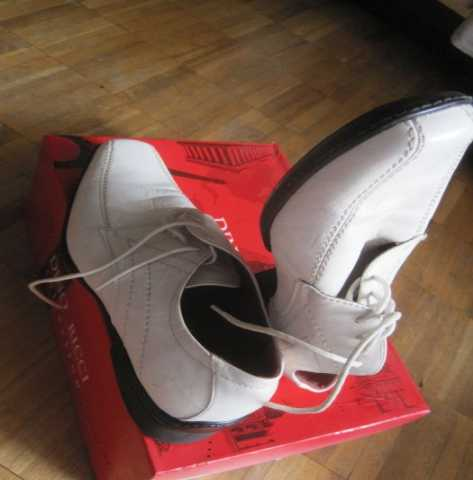 Продам Новые светлые кожаные туфли стелька 23см
