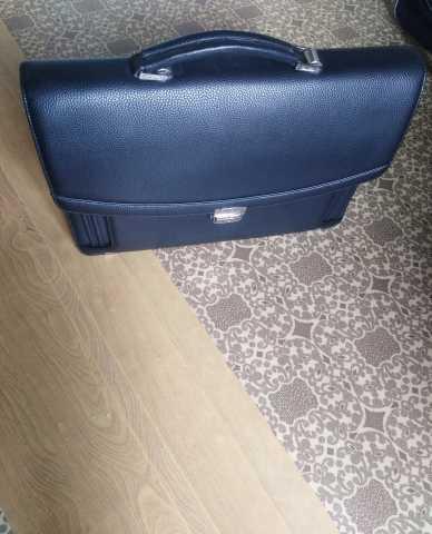 Продам сумку мужскую