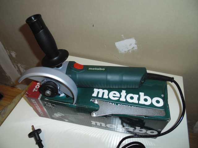 Продам Болгарка Metabo