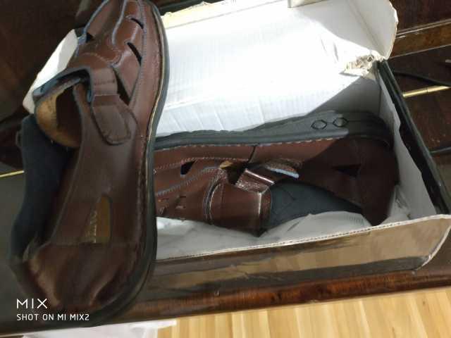 Продам Новые кожаные коричневые САНДАЛИИ 41