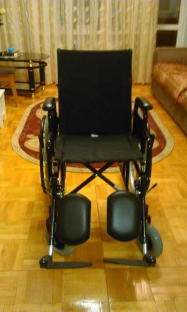 Продам кресло-коляска инвалидная