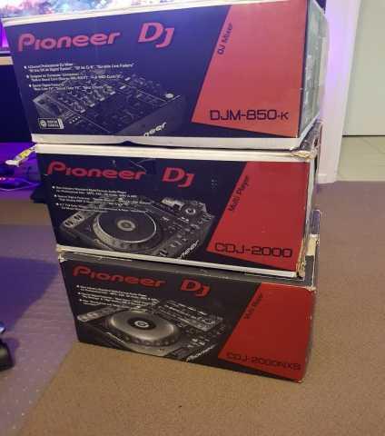 Продам CDJ2000 x2 + DJM850