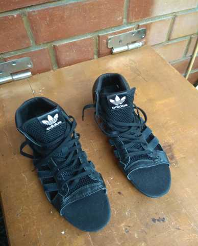 Продам Сандали Adidas. Размер 38,5 - 39,5