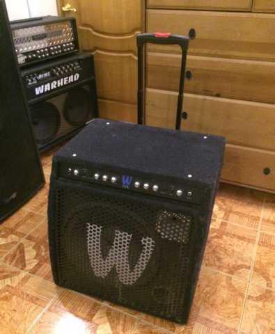 Продам Комбоусилитель для бас гитары Warwick CC