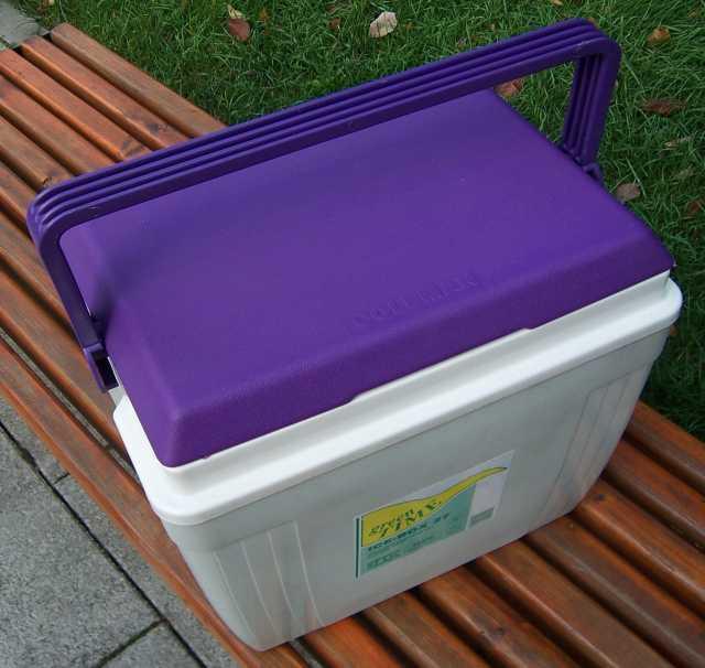 Продам Контейнер изотермический Coleman ICE-BOX