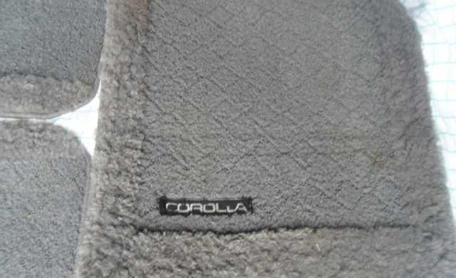 Продам Коврики ворсовые серые Toyta Corolla