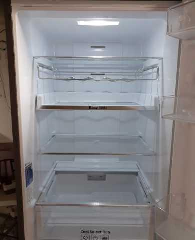 Отдам даром холодильник