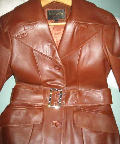 Продам Пальто кожаное новое
