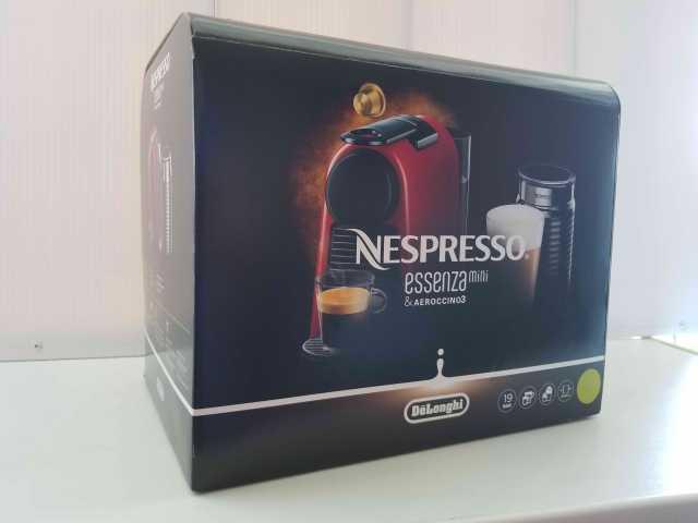 Продам Кофемашина Nespresso с капучинатором