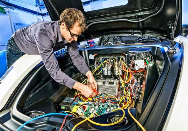 Ищу работу: автоэлектрик(вахта)