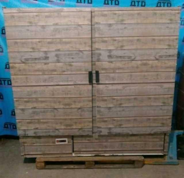 Продам Холодильный шкаф б/у 1400 л 0+7