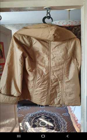 Продам: Куртка с капюшоном женская dmols