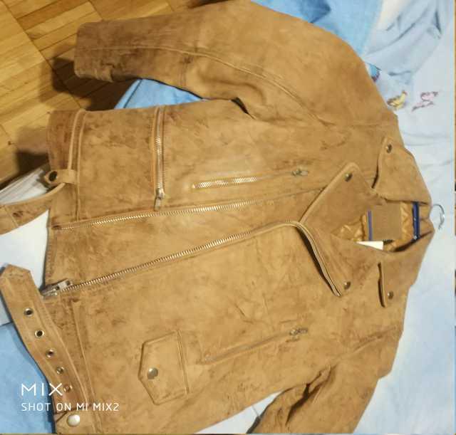 Продам Новая куртка кожа светло-коричневая