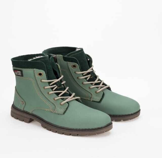 Продам кожаные зимние ботинки