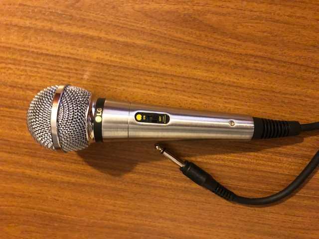 Продам Микрофон LG ACC-M900K