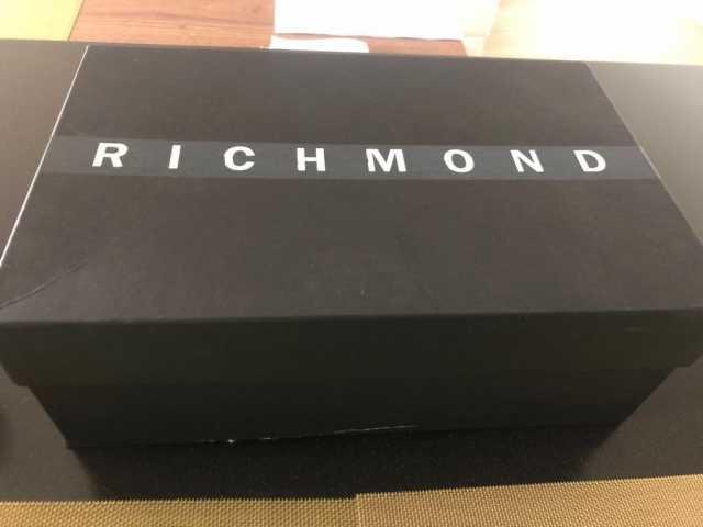 Предложение: Кроссовки John Richmond (брендованные)