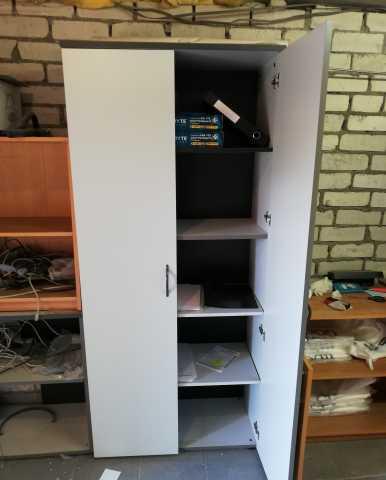 Продам Шкаф офисный