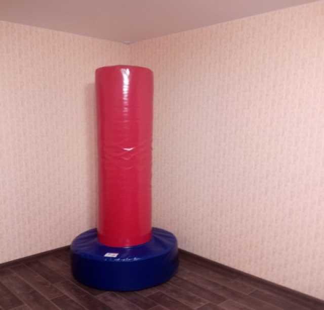 Продам Напольный боксерский мешок, ⌀ 30 см