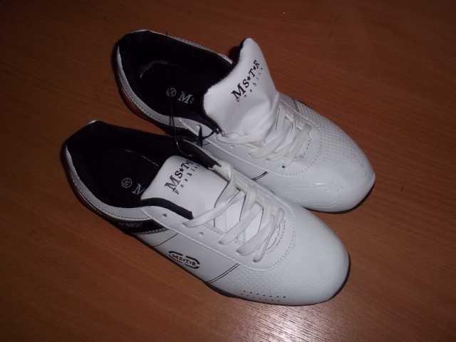 Продам Кожаные, новые кроссовки