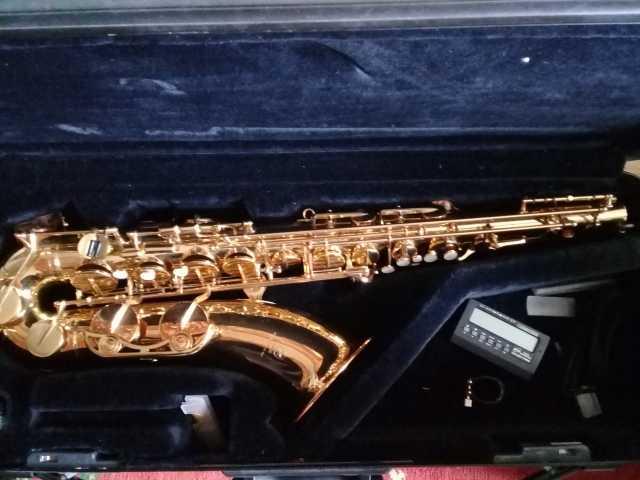 Продам Саксофон тенор Yamaha