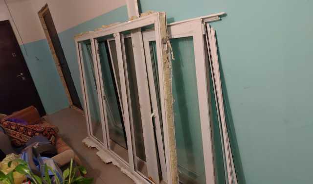 Продам Бу пластиковое окно