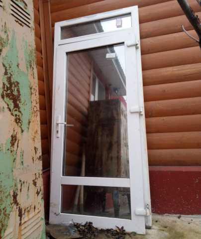 Продам: дверь входная с рамой