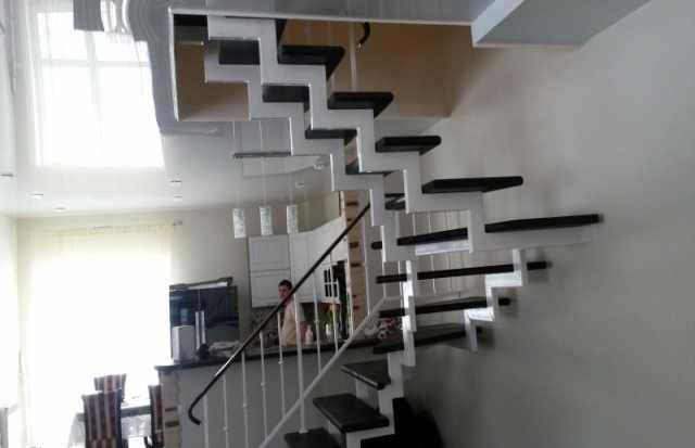 Продам: Лестницы на металлокаркасе