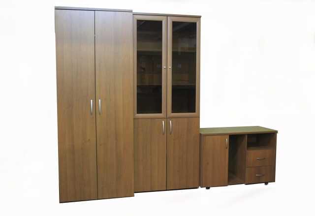 Продам: Набор офисной мебели