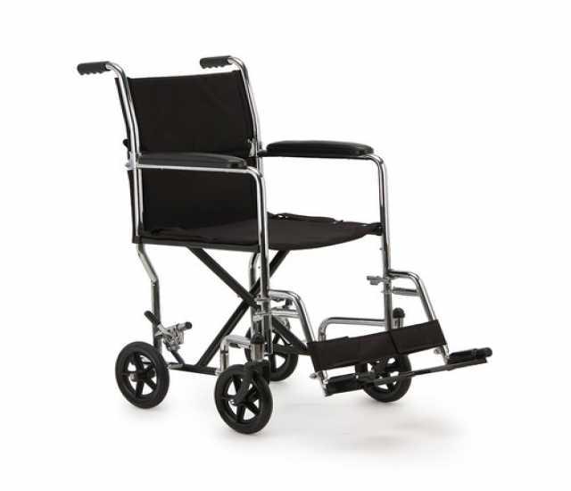 Продам Кресло-коляска для инвалидов б/у
