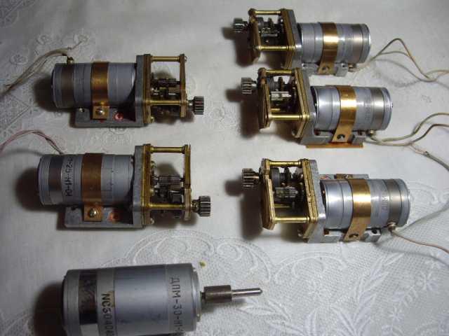Продам: электродвигатель с редуктором