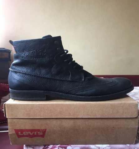 Продам Ботинки Levi*s