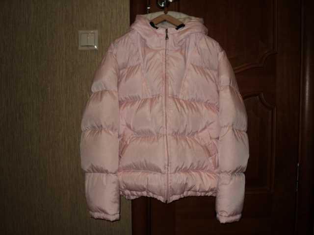 Продам Куртка -пуховик для девочки