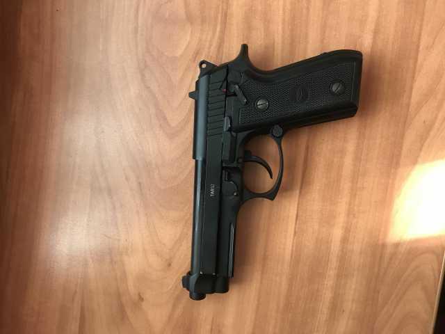 Продам Пневматический пистолет Beretta TAR92