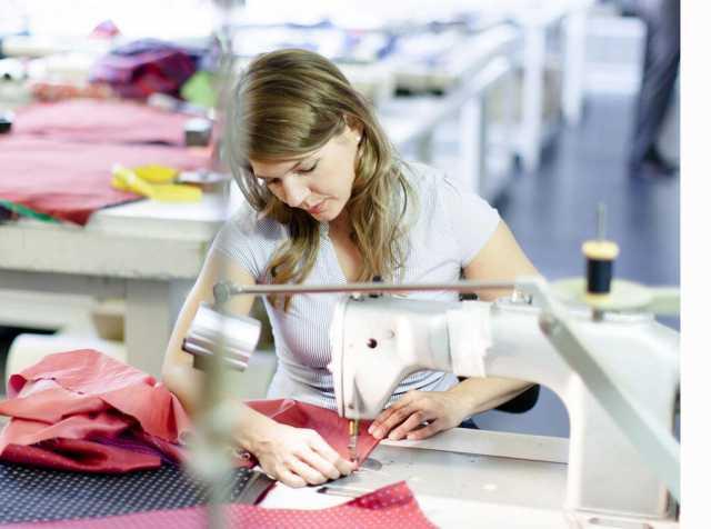 Предложение: Пошив одежды оптом по образцам заказчика