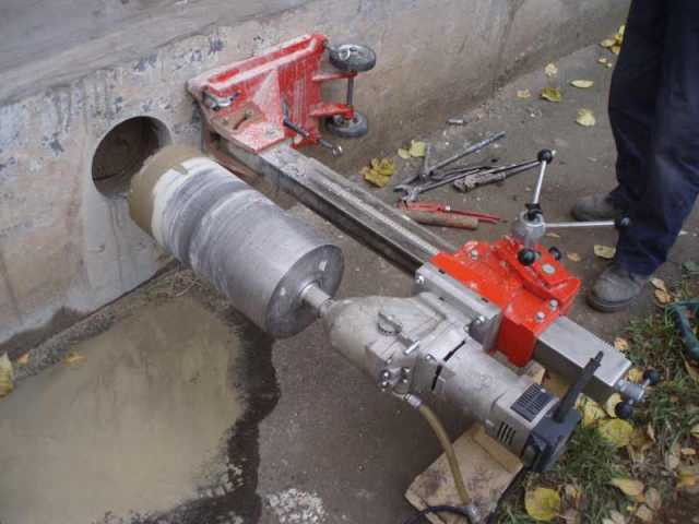 Продам Сверление отверстий. Резка бетона.Алмазн