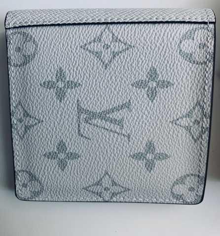 Продам: Кошелек Louis Vuitton