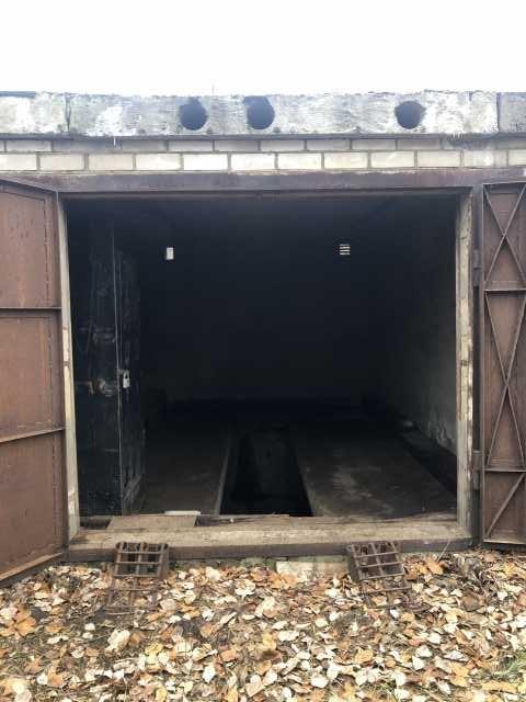 Продам железобетонный гараж