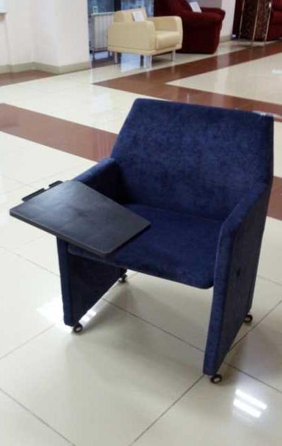 Продам: Кресло с о столиком на колесиках