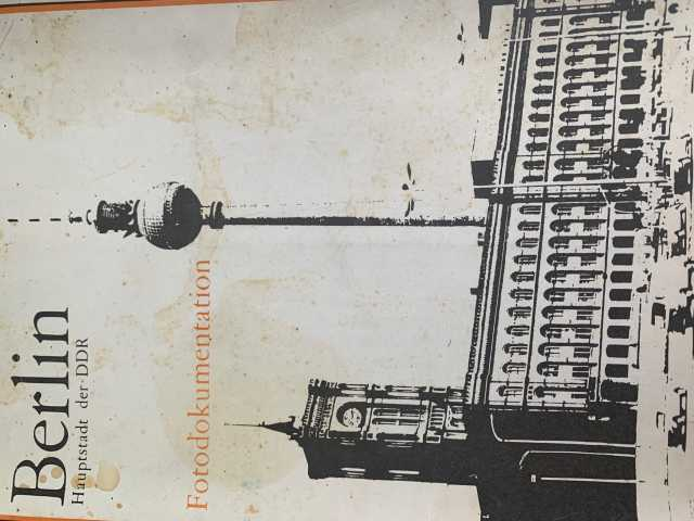Продам: Комплект фотографий Berlin Hauptstadt