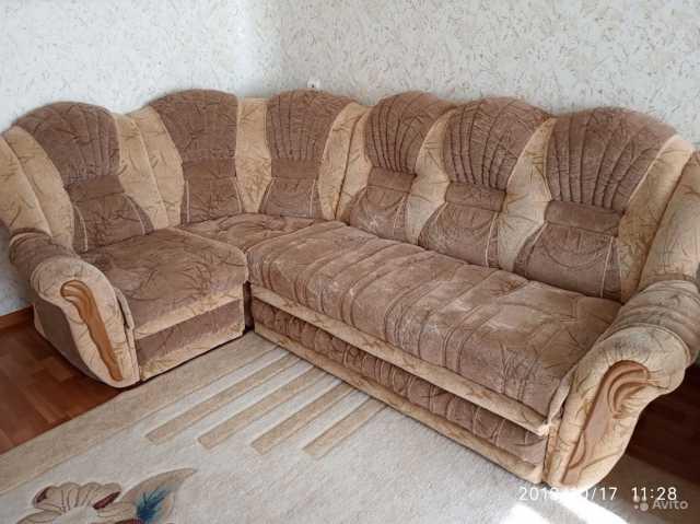 Продам Диван угловой +кресло